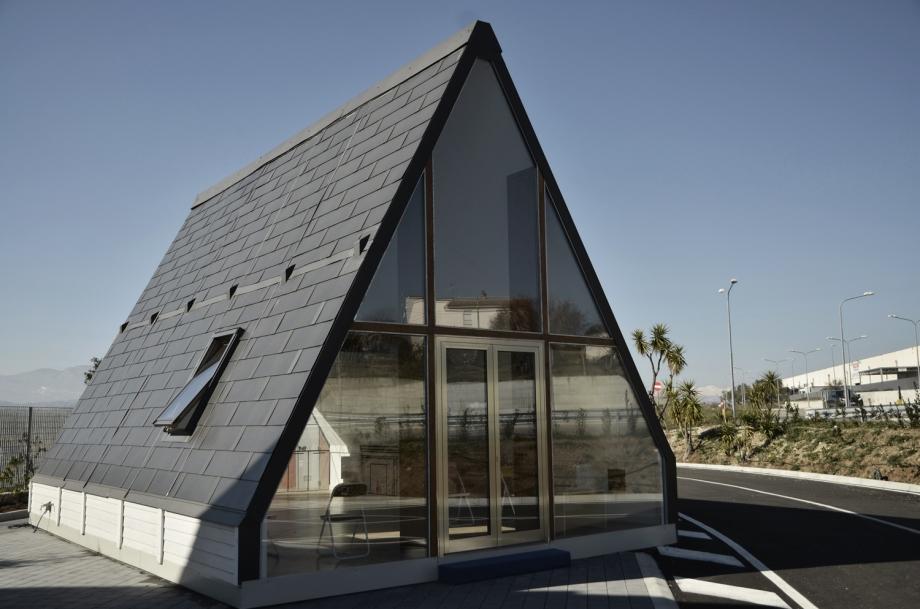 Само 6 часа и трима души са необходими, за да сглобят тази къщичка, какво ще кажете? (снимки)