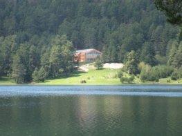 Продава Хотел област Пазарджик - БАТАК 2000000 €