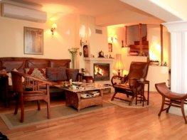 Продава Тристаен Апартамент  София Бояна  129000 EUR