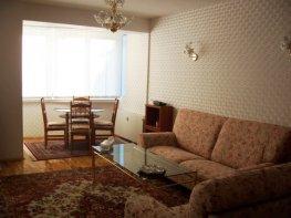 Под Наем Тристаен Апартамент  София Яворов  700 EUR