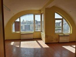 Продава Четиристаен Апартамент  София Център 159300 EUR