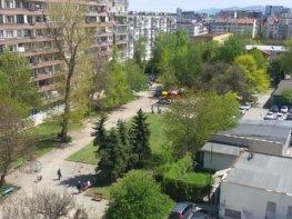 Продава Тристаен Апартамент  София Борово  103500 EUR