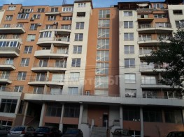 Продава Тристаен Апартамент  София Карпузица 61000 EUR