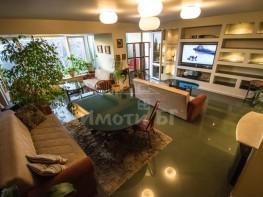 Продава Тристаен Апартамент  София Студентски град 240000 EUR