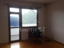 Продава Четиристаен Апартамент  София Борово  128000 EUR