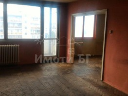 Продава Тристаен Апартамент  София Гоце Делчев  93000 EUR