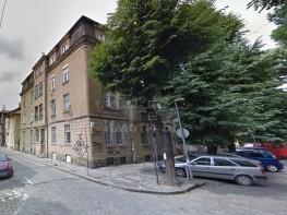 Продава Четиристаен Апартамент  София Център 168000 EUR
