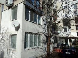 Продава Тристаен Апартамент  София Павлово  102000 EUR