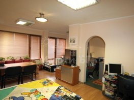 Продава Офис в Жилищни Сгради София Студентски град 82499 EUR