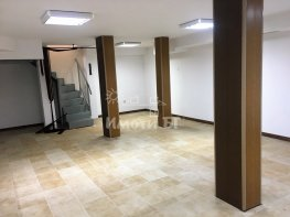 Под Наем Офис в Жилищни Сгради София Център 500 EUR