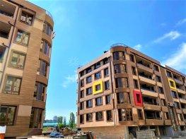 Продава Тристаен Апартамент  София Мусагеница  132900 EUR