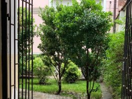 Продава Тристаен Апартамент  София Център 206000 EUR