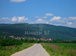 Продава Земеделска земя област София ДРАГОВИЩИЦА 124440 EUR