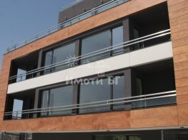 Продава Тристаен Апартамент  София Витоша  146500 EUR