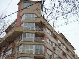 Продава Тристаен Апартамент  София - Белите Брези  153000 €